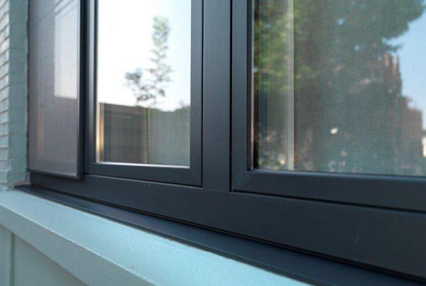 aluminium ramen met verdoken afwatering