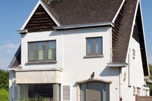 aluminium ramen en deuren antwerpen met veiligheidsdeur