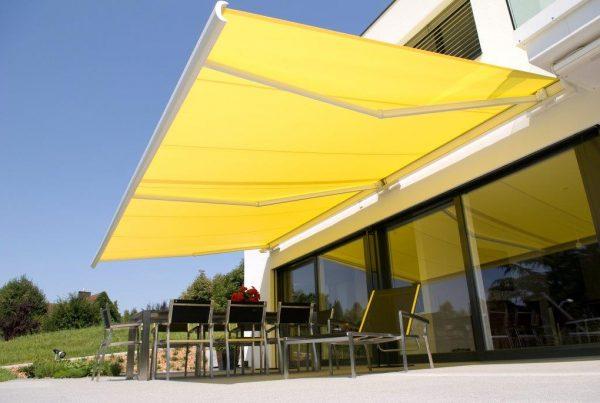 zonwering geel doek
