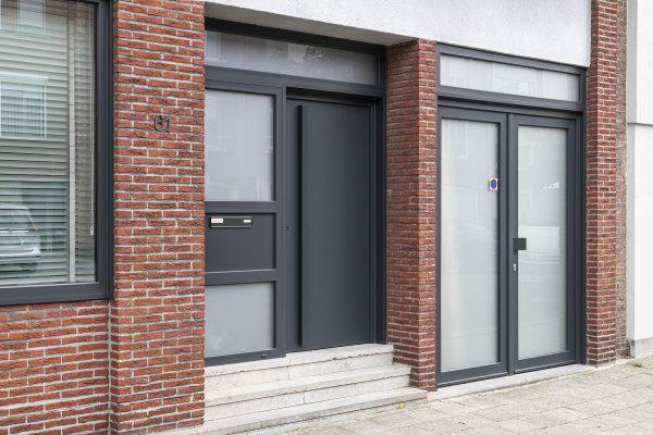 Strakke PVC voordeur