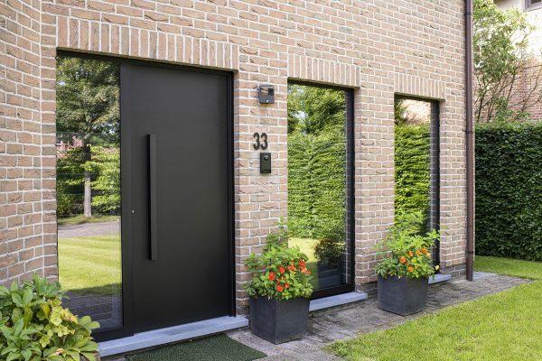 strakke aluminium voordeur-min